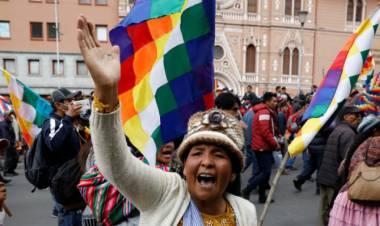 El triunfo popular en Bolivia, después de un golpe de Estado en nombre de Dios